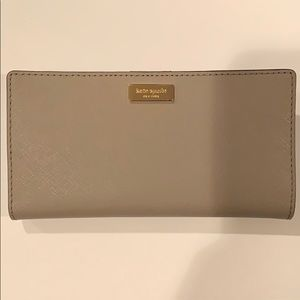 Kate Spade Laurel Way Stacy Wallet in Cityscape